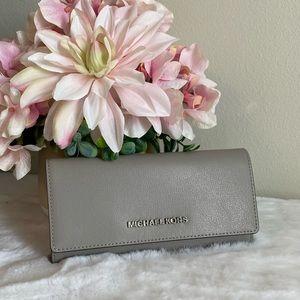 Michael Kors carryall wallet